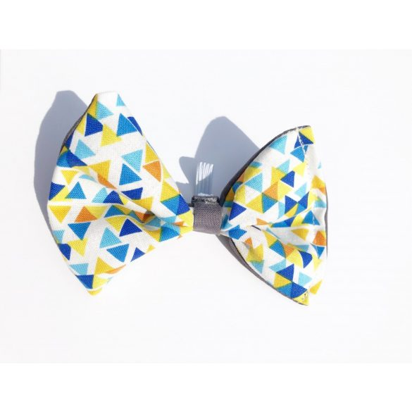 Triangle fabric bow