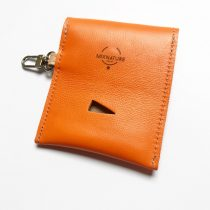 Narancssárga bőr kakizacsi tartó - Orange leather poop bag holder